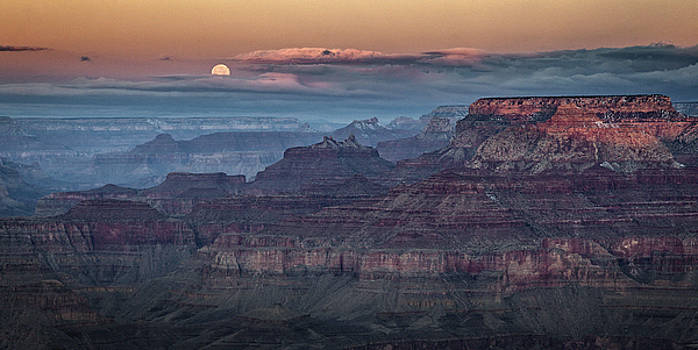 Moonset over Grand Canyon by Paul Bartell