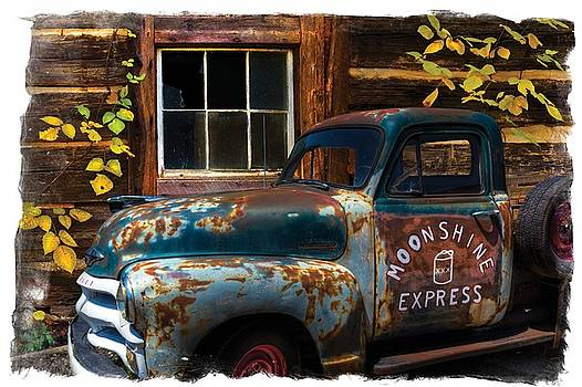 Debra and Dave Vanderlaan - Moonshine Express Bordered