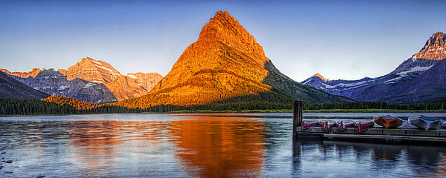 Morning Panorama by Andrew Soundarajan
