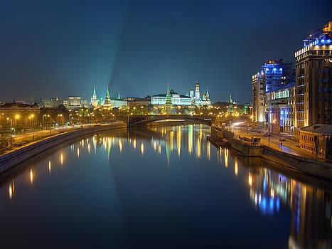 Moscow Kremlin at night by Alexey Kljatov