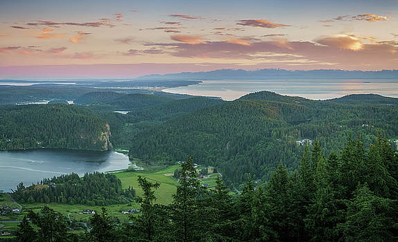 Mount Erie Viewpoint by Ken Stanback