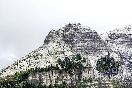 BERNARD JAUBERT - Mountain range snow covered