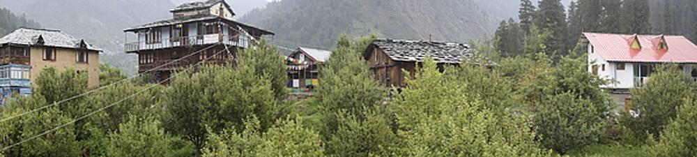 Mountain village panorama by Sumit Mehndiratta
