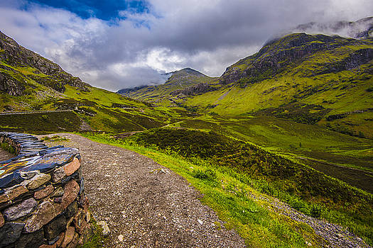 Mountain Way by Steven Ainsworth
