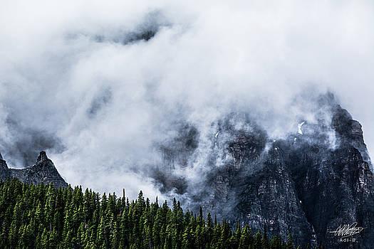 Mountains by Adnan Bhatti