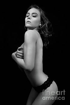 Muscular Bare Woman by Aleksey Tugolukov