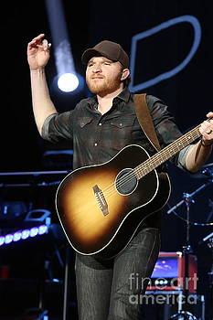Musician Eric Paslay by Front Row Photographs