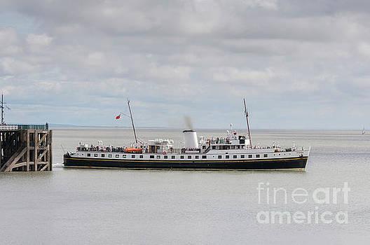 Steve Purnell - MV Balmoral Leaves Penarth Pier