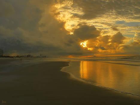 Myrtle Beach Sunrise by Jeff Breiman