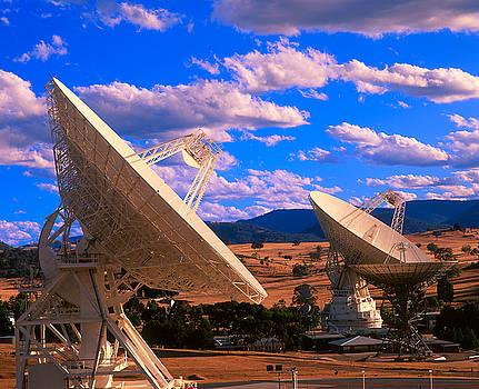 NASA deep space tracking station 4 by David Nunuk