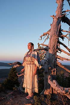 Native Explorer by Christian Heeb