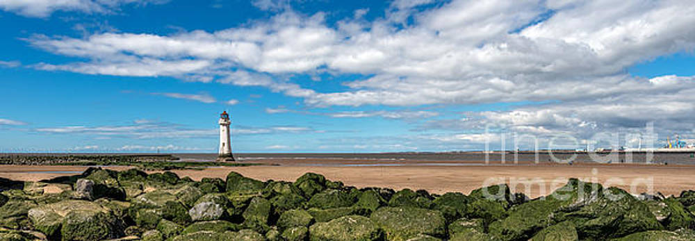 Adrian Evans - New Brighton Lighthouse