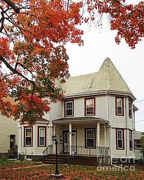 New England House by Cheryl Del Toro