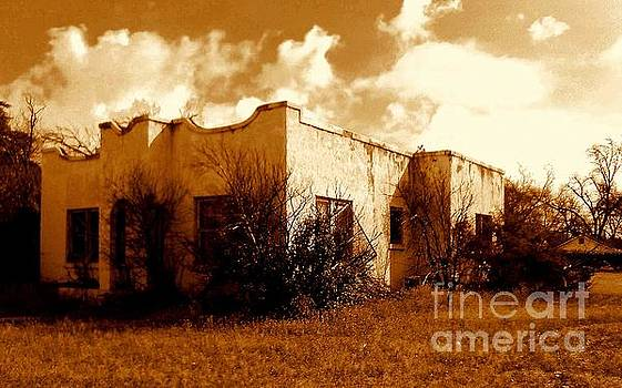 El Paso  Abandoned In Texas by Michael Hoard