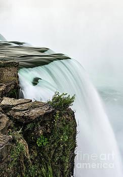 Niagara Falls by John Greim