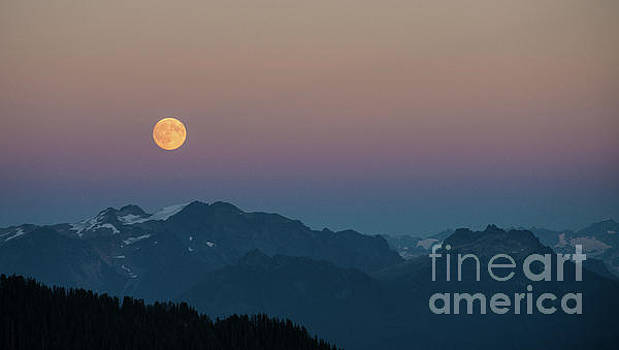North Cascades Full Moonrise by Mike Reid