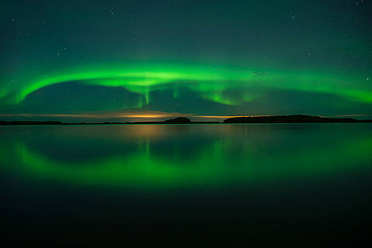 Northern lights by Conny Sjostrom