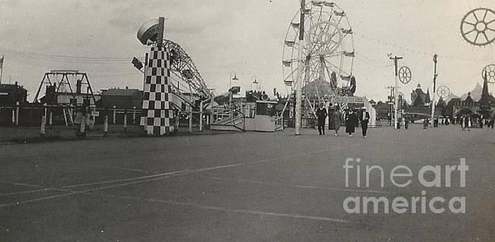 N.Y. Worlds Fair 2 by Michael Krek