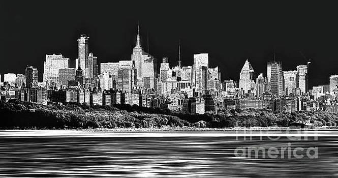 NYC SkyLine by Arnie Goldstein