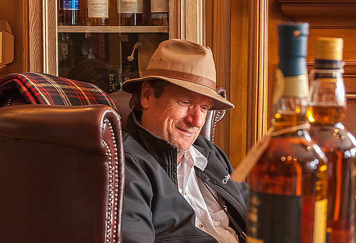 Oban Whisky Shop by Kathleen McGinley