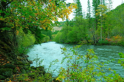 October on the Klickitat  by Jeff Swan