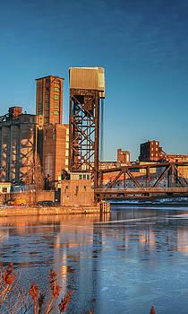 Ohio Street Bridge 10672P by Guy Whiteley
