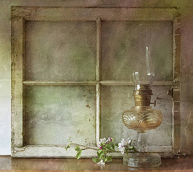Oil Lamp by Nichon Thorstrom