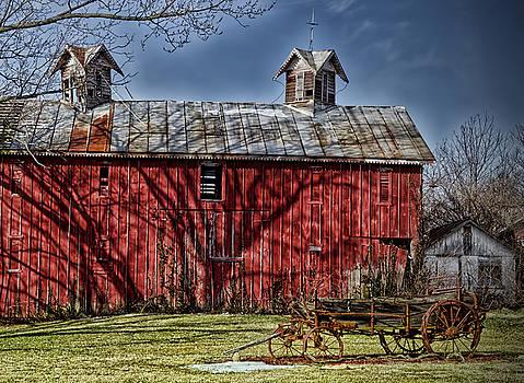 Old Red Barn by Boyd Alexander