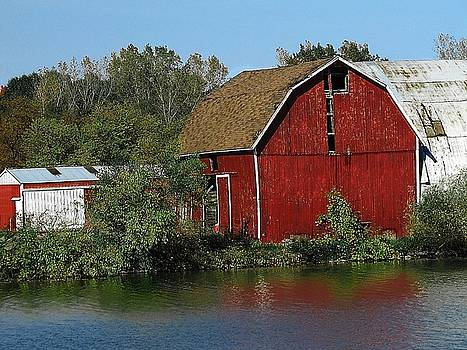 Scott Hovind - Old Red Barn