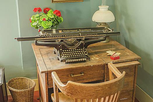 Allen Sheffield - Old Underwood Typewriter