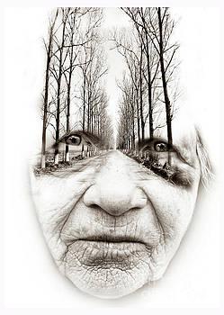 Old woman  by Daliana Pacuraru