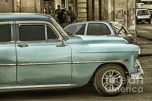 Patricia Hofmeester - Oldsmobile in Havana