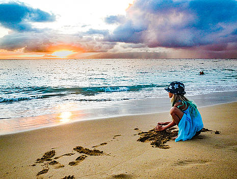 On the Maui Beach by Janis Knight