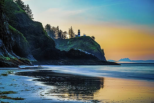One Morning at the Beach by Ken Stanback