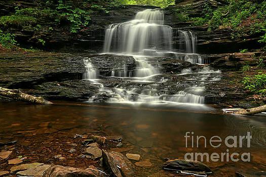 Adam Jewell - Onondaga Waterfall