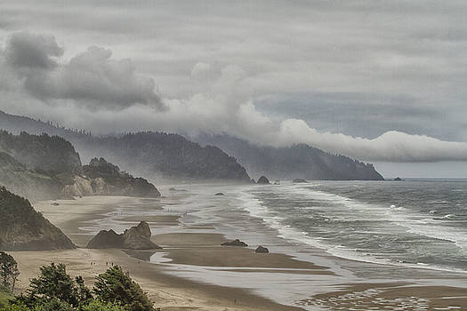 Oregon Dream by Tom Kelly