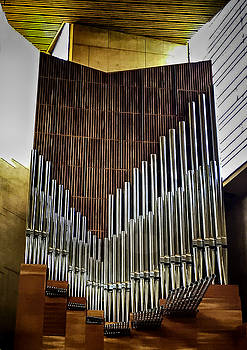 Organ Pipes by Joseph Hollingsworth
