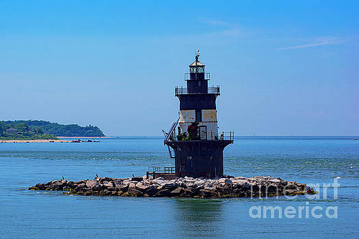 Orient Point Lighthouse by Joe Geraci
