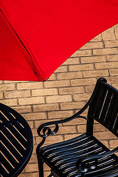 Karol Livote - Outdoor Cafe Style