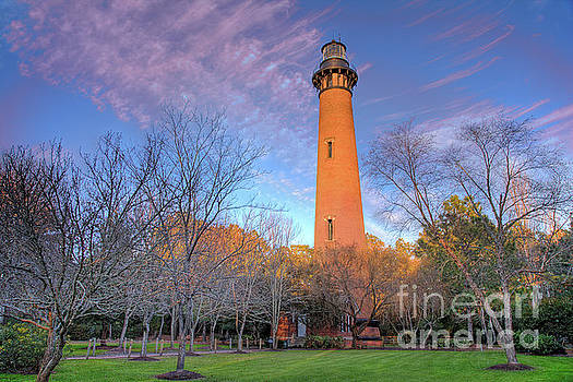 Dan Carmichael - Outer Banks Winter at the Currituck Lighthouse