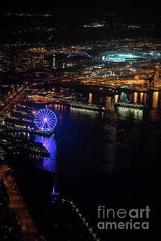 Over Seattle The Great Wheel at Night by Mike Reid