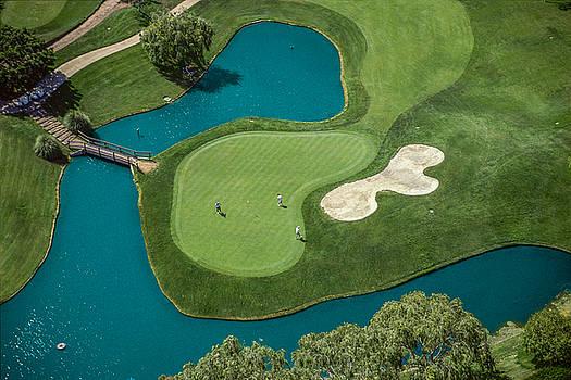 David Zanzinger - Overhead view of golfers