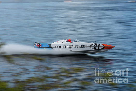 Steve Purnell - P1 Powerboats 1