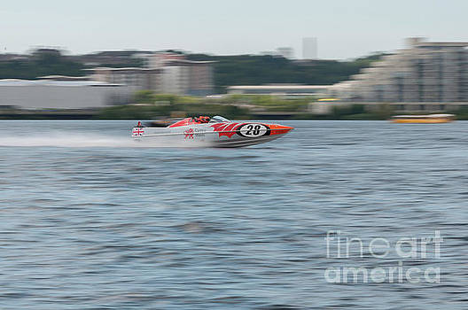 Steve Purnell - P1 Powerboats 5