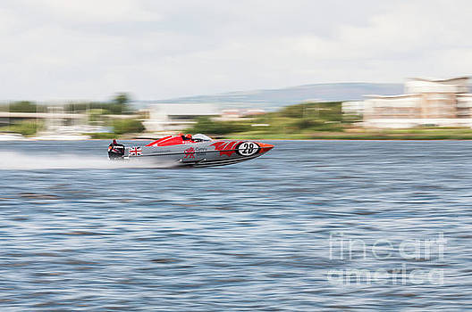 Steve Purnell - P1 Powerboats 6