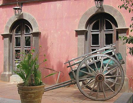 Marilyn Wilson - Picturesque Hotel in Loreto