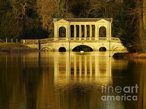 Palladian Bridge, Stowe. by Nicola Butt