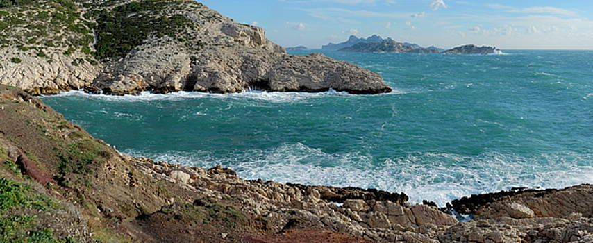 Sami Sarkis - Panoramic view of Mediterranean coast