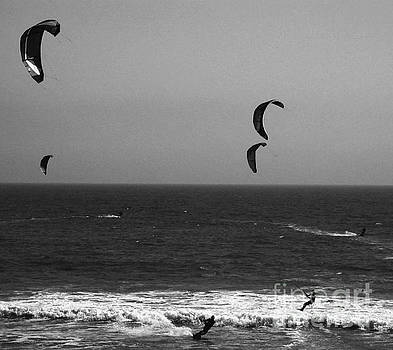 Parasailing by Chris Berry