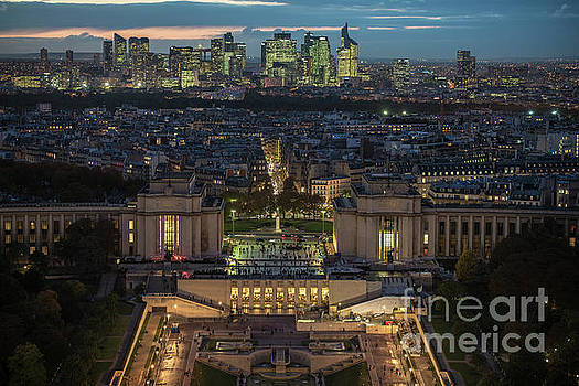 Paris beyond the Trocadero Gardens by Mike Reid